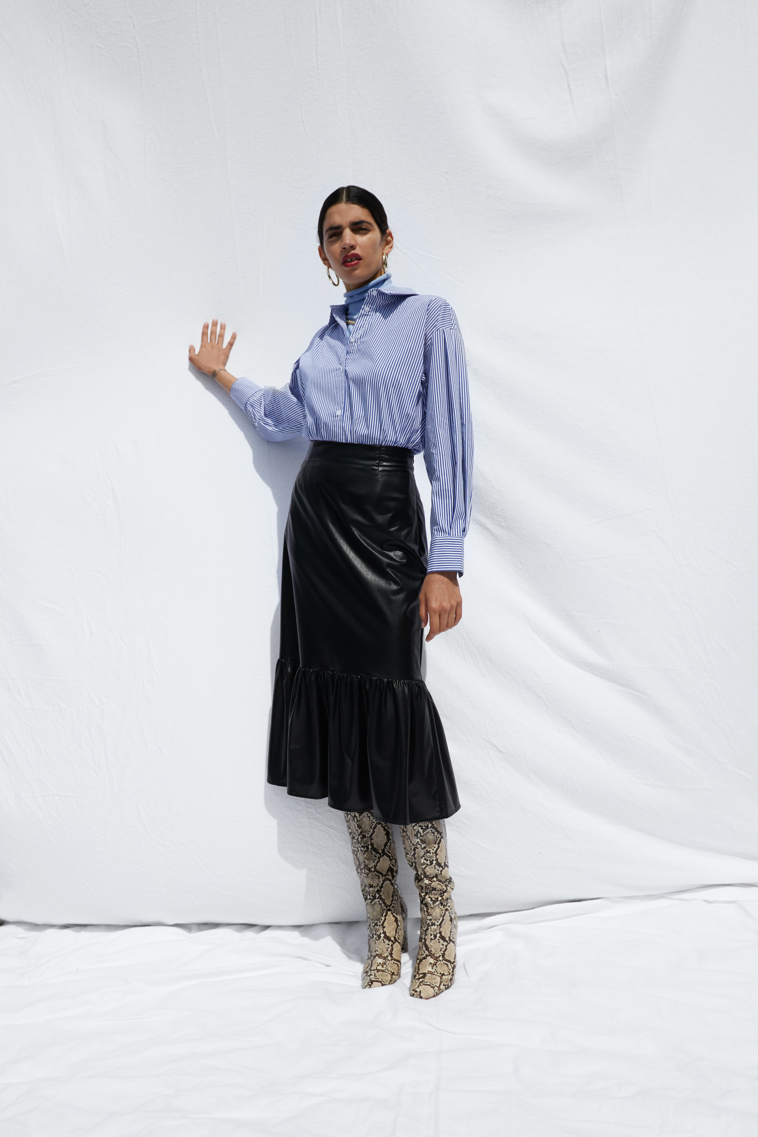 EDT_SS21_Trend_Shirting_Look1_FINAL